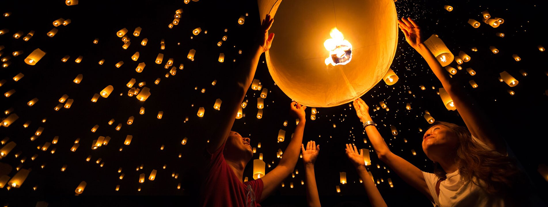 10-Day Best of Thailand in Yi Peng Festival