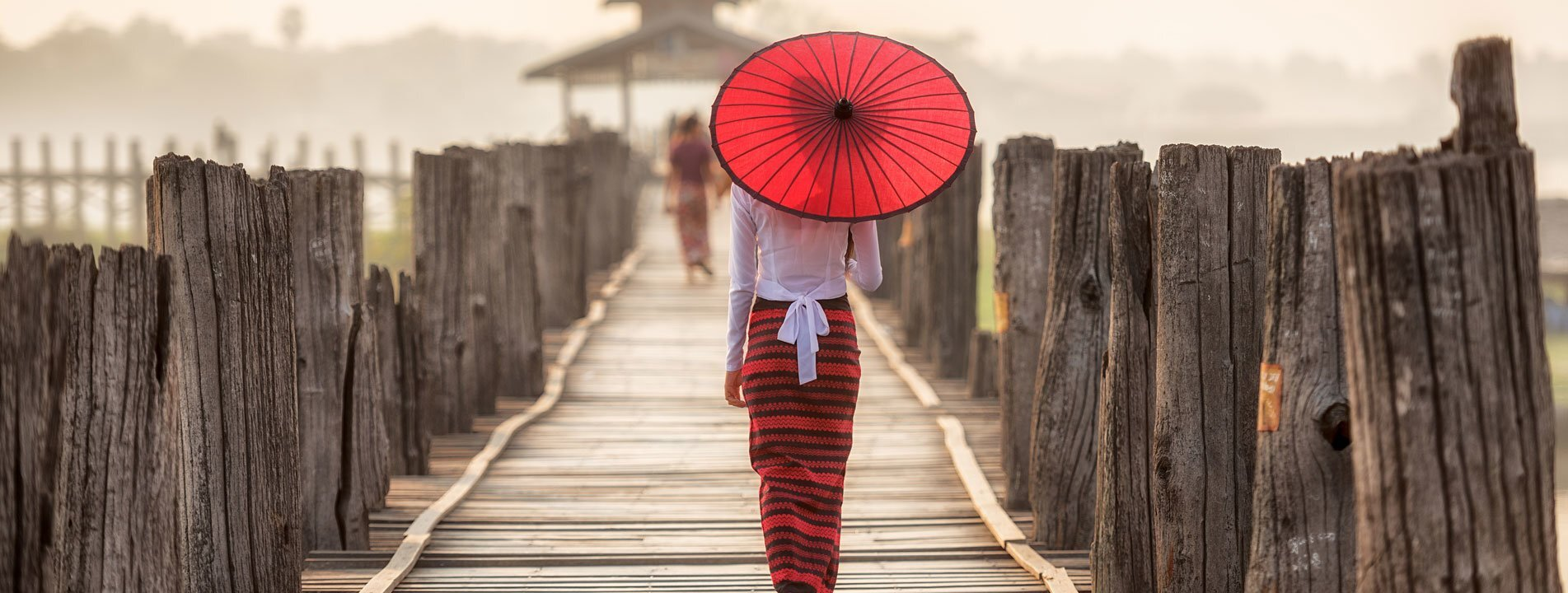 Myanmar Lady on U-bein Bridge