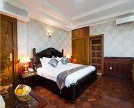 Deluxe Room in Hotel Shwe Pyi Thar in Mandalay