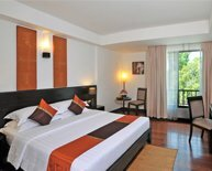 superior room at tara angkor hotel